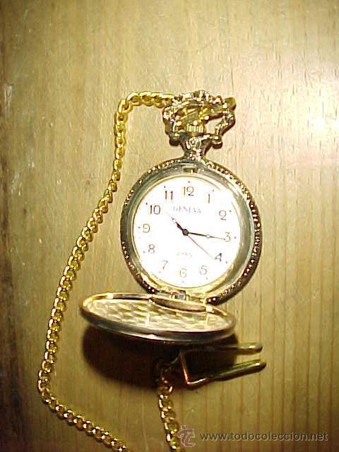 RELOJ DE BOLSILLO GENEVA CON CADENA . QUARTZ. CON GRABADO DE PATOS SALVAJES. (Relojes - Relojes Actuales - Otros)