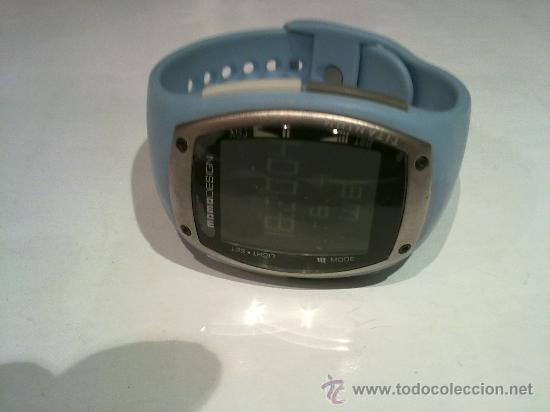 última colección varios diseños bonito diseño Reloj de pulsera-momo design-md-081 digital tim - Sold ...