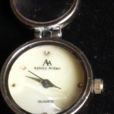 Relojes: RELOJ DE PULSERA ASHLEY ARDAN , FUNCIONA. CON LUPAS EN LOS ESLABONES. Lote 34976490