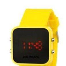 Relojes: RELOJ LED AMARILLO. Lote 35494100