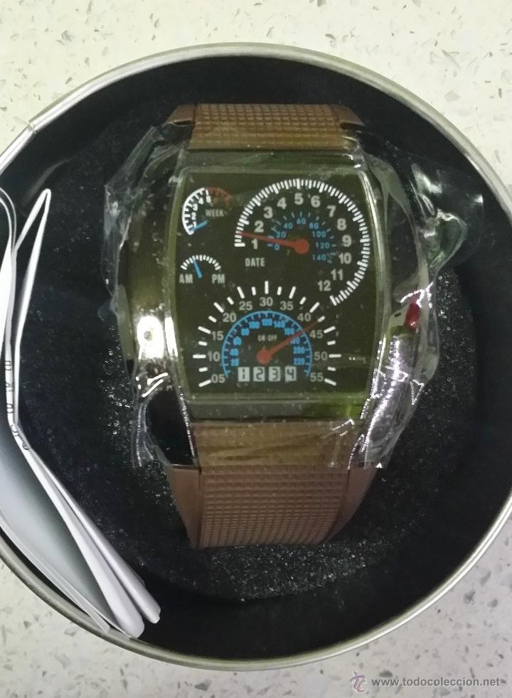 Relojes: RELOJ LED MARCADORES ANALÓGICOS PULSERA CAUCHO CHOCOLATE - Foto 2 - 68491286