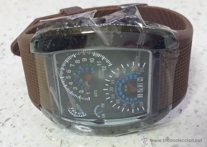 Relojes: RELOJ LED MARCADORES ANALÓGICOS PULSERA CAUCHO CHOCOLATE - Foto 4 - 68491286