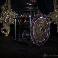 Relojes: RELOJ DE SOBREMESA VINTAGE A PILA, IMITANDO A UNO ANTIGUO, MUY ORIGINAL. Lote 42188893