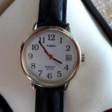 Relógios: TIMEX INDIGLO RELOJ PARA MUJER, CORREA DE CUERO COLOR NEGRO, BATERÍA NUEVA. Lote 195977548