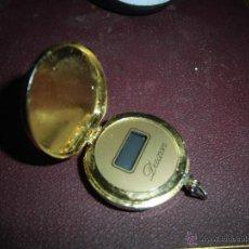 Relojes: DAXON RARO RELOJ SABONETA DE LOS PRIMEROS DIGITAL QUE SALIERON DORADO CAJA LABRADA VER FOTOS. Lote 52148946