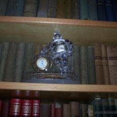 Relojes: RELOJ MICHELIN BIBENDUM DE SOBREMESA EN CRISTAL D'ARQUES. Lote 44215633