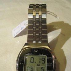 Relojes: ANTIGUO RELOJ DIGITAL. MOVIMIENTO CUARZO- SELECTION ROYAL FUNCIONANDO. MEDIDA: 3,5 X 3 CMS.. Lote 45111174