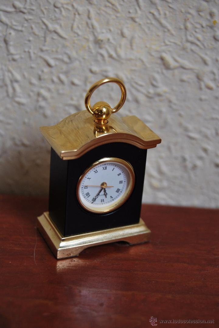Relojes: PEQUEÑO RELOJ DE SOBREMESA - MINIATURA - CAJA DE METAL - MIYOTA JAPAN - Foto 4 - 51041406