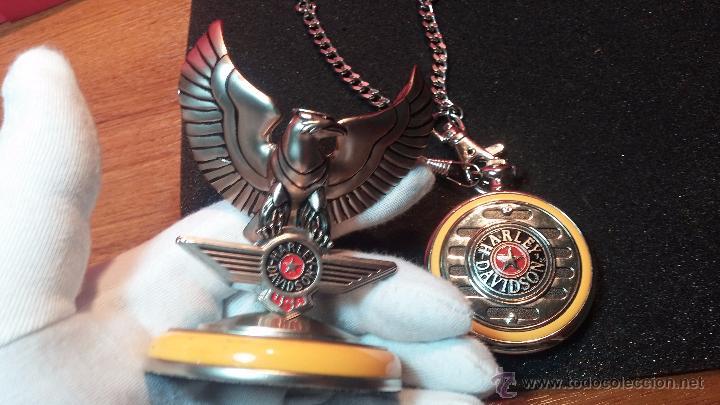 Relojes: Reloj de bolsillo estilo vintage Harley Davison con cadena y relojera para el mismo - Foto 27 - 54619934