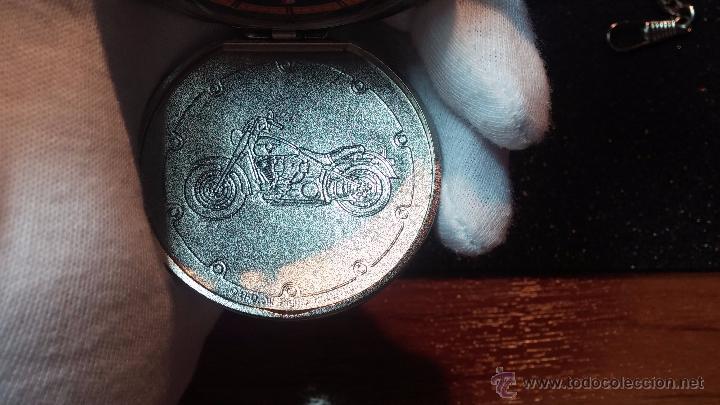 Relojes: Reloj de bolsillo estilo vintage Harley Davison con cadena y relojera para el mismo - Foto 45 - 54619934