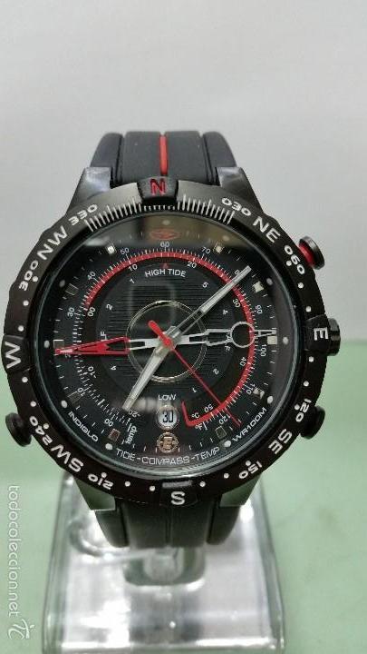0052f73a2dc7 Reloj deportivo marca timex luz