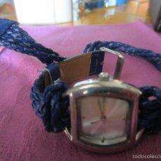 Relojes: RELOJ SEÑORA-DISEÑO MODERNO-CORREA AZUL TRENZADA TIPO BRAZALETE. Lote 56826645