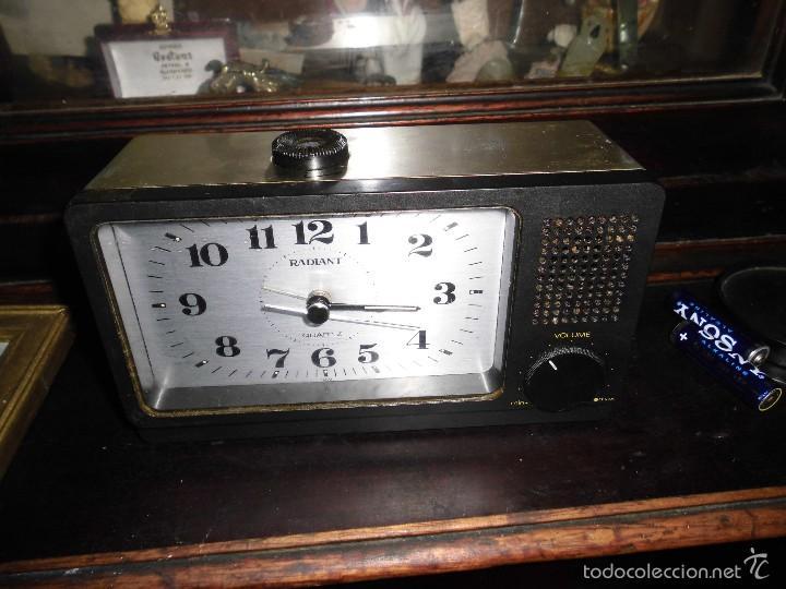 Relojes: ENVIO ORDINARIO GRATUITO ANTIGUO RELOJ RADIO RADIANT - Foto 2 - 57527206