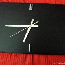 Relojes: RELOJ DE PARED, CON LA MARCA BALENCIAGA EN BAJO RELIEVE EN EL FRENTE-. Lote 59655139