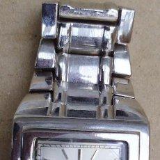 Relojes: RELOJ FUNCIONANDO CON EL PLASTICO PROTECTOR DEL CRISTAL. Lote 75197939
