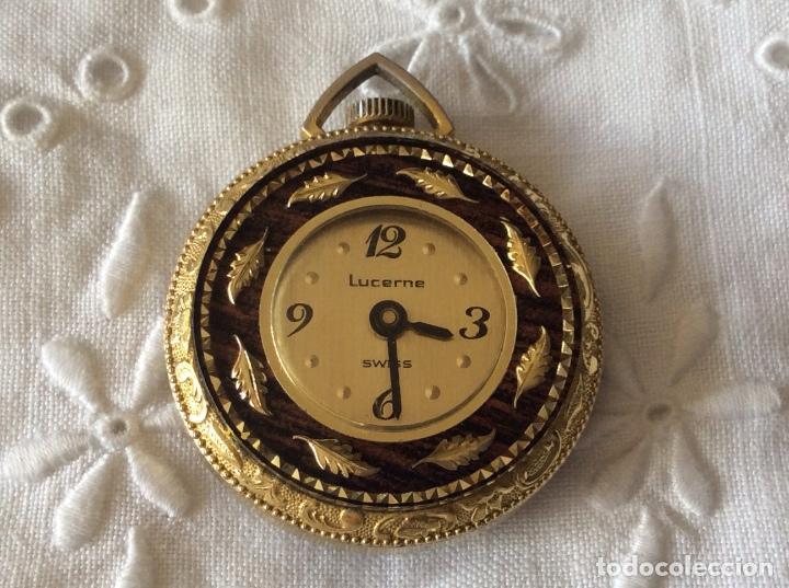 BONITO RELOJ DE SEÑORA PARA COLGAR VINTAGE MARCA LUCERNE- SWIIS-FUNCIONANDO (Relojes - Relojes Actuales - Otros)
