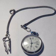 Relojes: RELOJ DE BOLSILLO Y CADENA . MECANISMO A PILAS.R11. Lote 94077055