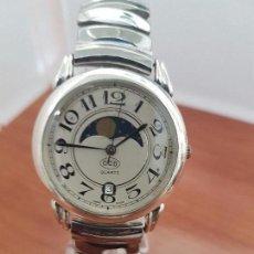 Relojes: RELOJ CABALLERO CUARZO MARCA C.C.B. SUIZO CON CALENDARIO A LAS SEIS HORAS Y VENTANILLA LUNAR, CORREA. Lote 95835219