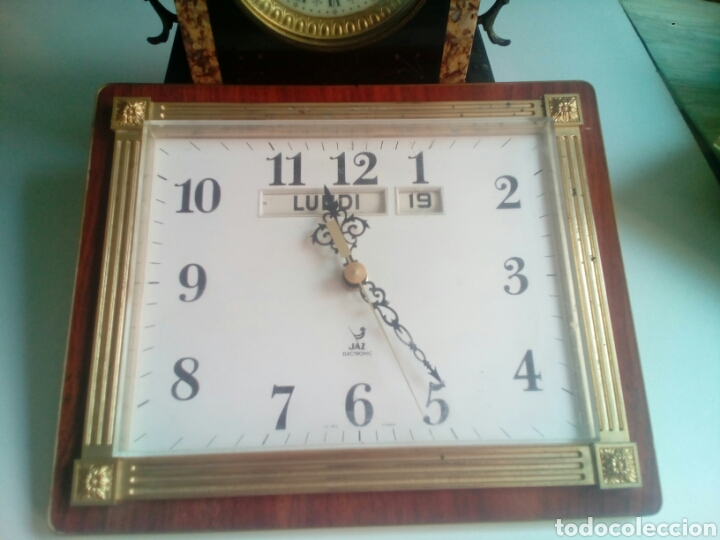 Marca Calendario.Reloj Vintage De Pared Calendario Marca Jazz F Sold Through