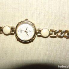 Relojes: BONITO RELOJ DE SEÑORA CON DIAMANTE INTERNO EN LAS 12 HORAS MARCA ORIENT A PILAS MADE IN JAPAN. Lote 41567007