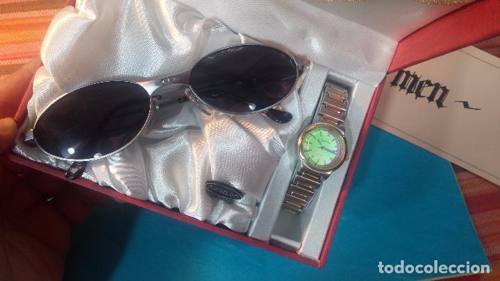 Relojes: Botito conjunto formado por reloj y gafas, stop de tienda, P.V.P en su día de 250 dolares - Foto 5 - 102402191