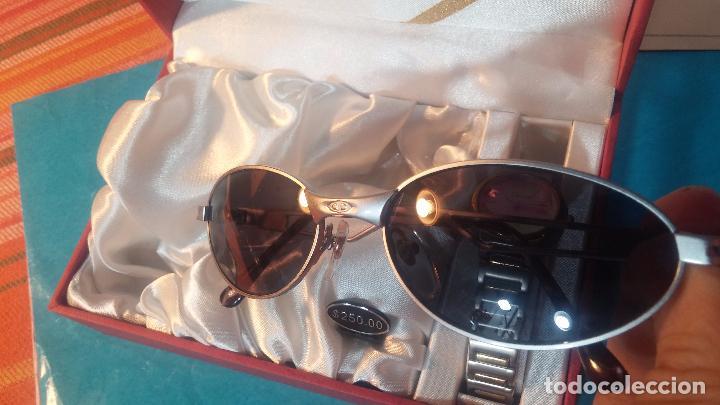 Relojes: Botito conjunto formado por reloj y gafas, stop de tienda, P.V.P en su día de 250 dolares - Foto 9 - 102402191