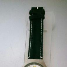 Relojes: RELOJ DE PULSERA LOS SIMPSONS INCLUYE FUNDA. Lote 108672918