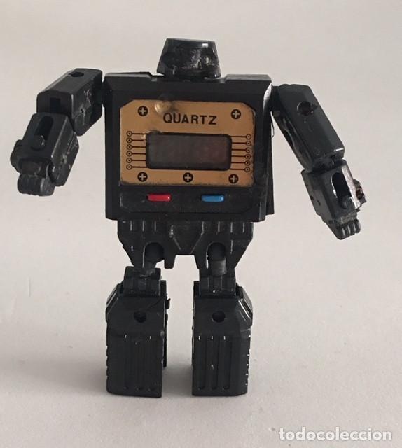 Desgastado Identificar actualizar  Antiguo reloj transformer años 80 robot transfo - Sold through Direct Sale  - 113401767