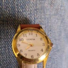 Relojes: RELOJ MARCA GENEVA QUARTZ . CORREA PIEL FALTA PICHITO DE UN LADO. Lote 114165599