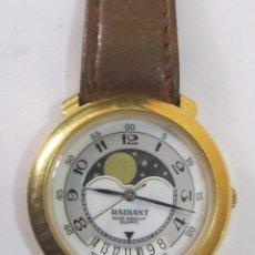 Relojes: RELOJ RADIANT DE CUARZO CHAPADO EN ORO, CON CALENDARIO. Lote 126114191