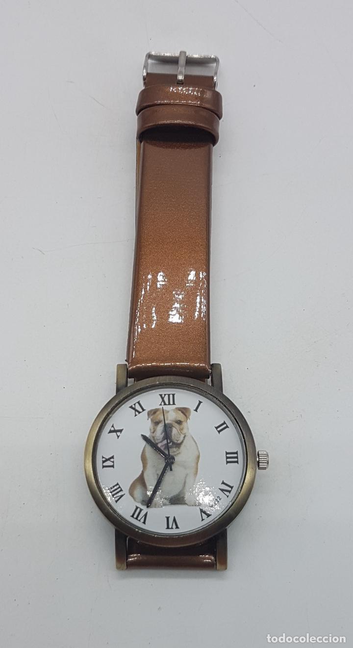 Relojes: Precioso reloj de pulsera con correa marrón y motivo de bulldog inglés. - Foto 2 - 127625459
