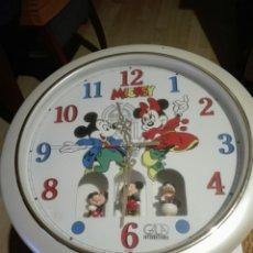 Relojes: RELOJ DE PARED MICKEY CON CARILLON MUSICAL. ORIGINAL. Lote 127968812