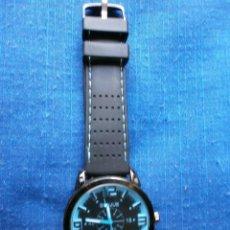 Relojes: RELOJ BICOLOR DEPORTIVO , PULSERA EN CAUCHO .. Lote 128325871