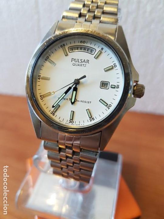 Relojes: Reloj caballero (Vintage) PULSAR cuarzo en acero, doble calendario a las tres y doce, correa acero. - Foto 3 - 130041003