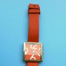 Relojes: ELEGANTE Y MODERNO RELOJ DE PULSERA PARA SEÑORA D & K DONNA KLEIN, JAPAN QUARTZ, 3,3 CM-PILA GASTADA. Lote 132949762