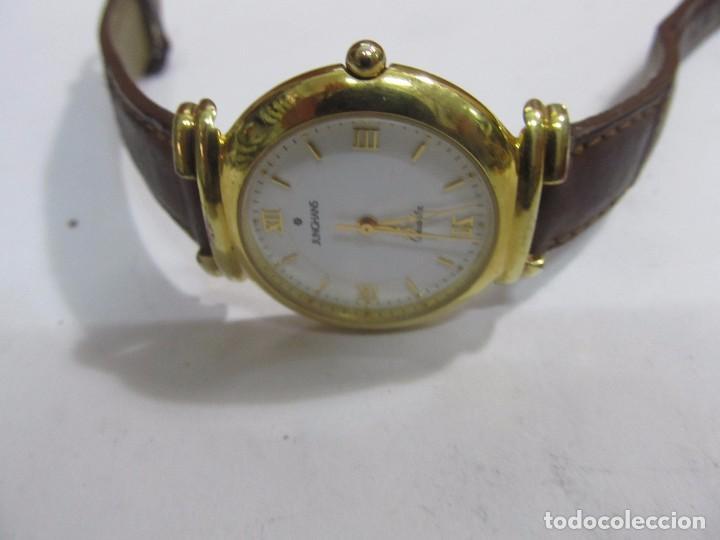 Relojes: RELOJ JUNGHANS DE CUARZO CHAPADO EN ORO - Foto 3 - 133650154