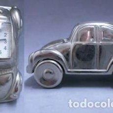 Relojes: REJOJ COCHE EN MINIATURA EN METAL PLATEADO - MINIATURA-05. Lote 135212982