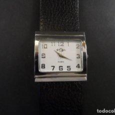 Relojes: RELOJ CORREA NEGRA GRANULADA Y ACERO. MARCA Q. ESFERA BLANCA. QUARTZ. SIGLO XXI. Lote 136500738