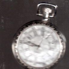 Relojes: RELO TIPO ANTIGUO FUNCIONANDO ES A PILA . Lote 141705158