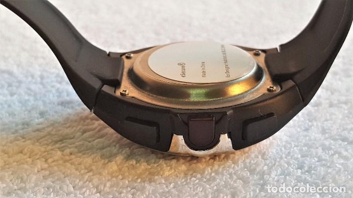 Relojes: RELOJ DIGITAL METAL Y BANDA GOMA - 21.CM LARGO - ESFERA 3 X 3.3.CM - SIN USO - Foto 9 - 141818926