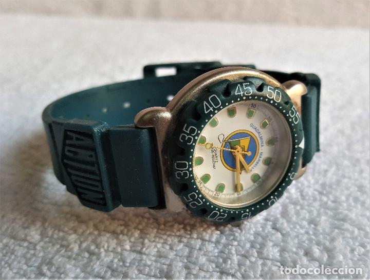 Relojes: RELOJ SPORT QUARTZ GUADALMINA MARVELLA - 22.CM LARGO - ESFERA 2.5.CM DIAMETRO - METAL Y BANDA GOMA - Foto 2 - 142963386
