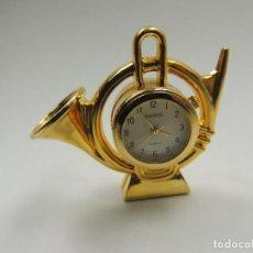 Relojes: BONITO RELOJ MARKA OASIS QUARTZ FORMA DE TROMPETA. Lote 146224826