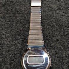 Relojes: RELOJ DIGITAL TEXAS INSTRUMENTS, DIGITAL CON PANTALLA LCD Y CUERPO DE ACERO INOXIDABLE. Lote 148427386