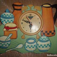 Relojes: RELOJ DE MADERA - PUBLICIDAD DE VICKS.. Lote 151705562