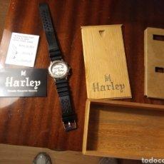 Relojes: RELOJ HARLEY. PARA REPARAR. CON SU CAJA ORIGINAL. POSIBLE PILA SULFATADA.. Lote 153402478