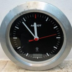 Relojes: RELOJ DE PARED MARCA ASCOT - RALOJ RADIOCONTROLADO CON TERMÓMETRO.. Lote 156471366