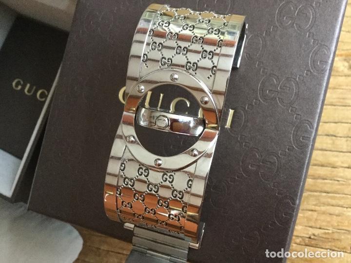 Relojes: Espectacular Reloj Gucci de mujer tipo brazalete con documentación - Foto 7 - 160933026