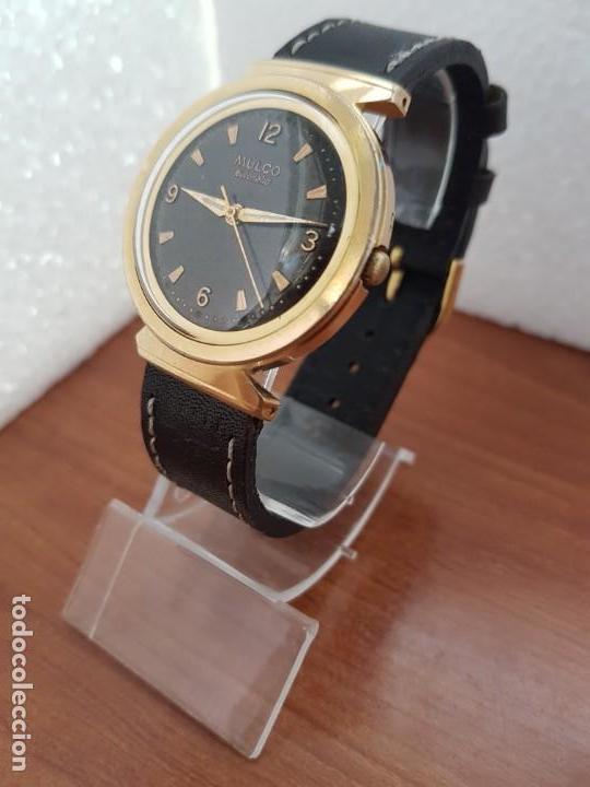 Relojes: Reloj caballero (Vintage) MULCO automático chapado de oro 10 micras, esfera negra, correa de cuero - Foto 2 - 171135540