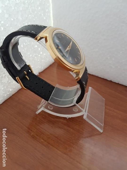 Relojes: Reloj caballero (Vintage) MULCO automático chapado de oro 10 micras, esfera negra, correa de cuero - Foto 6 - 171135540