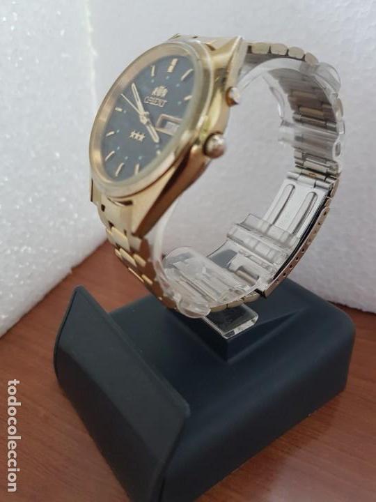 Relojes: Reloj caballero (Vintage) ORIENT automático chapado de oro esfera negra con doble calendario correa - Foto 4 - 171140918